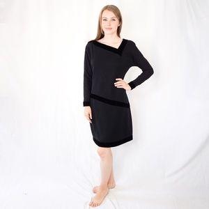 CAROLYNE ROEHM Black Velvet Cocktail Dress 1264